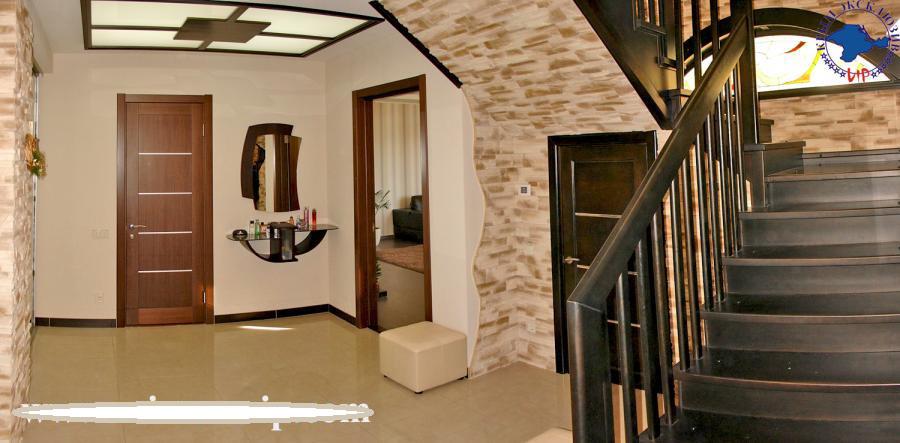 Продам двухуровневую квартиру в Севастополе.